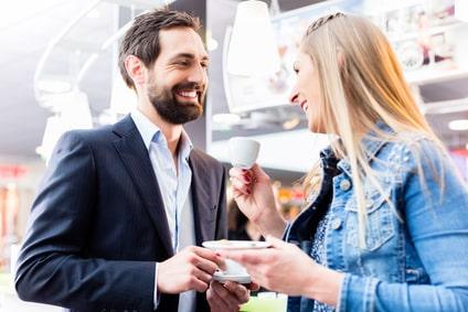 frau massiert mann kostenlose dating portale