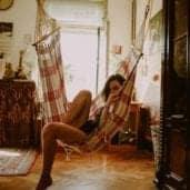 Eine aufgeräumte Wohnung ist ideal für das erste Date in den eigenen vier Wänden