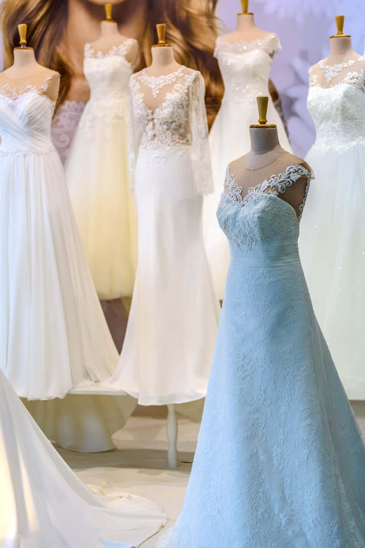 Trau dich: Lass dich von farbigen Brautkleidern inspirieren