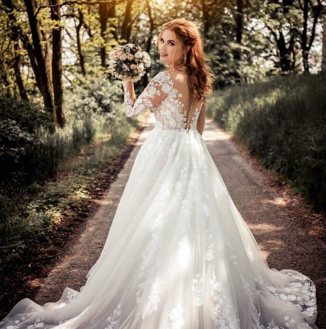 Das Brautkleid – Worauf es bei der Auswahl von Brautmode wirklich ankommt