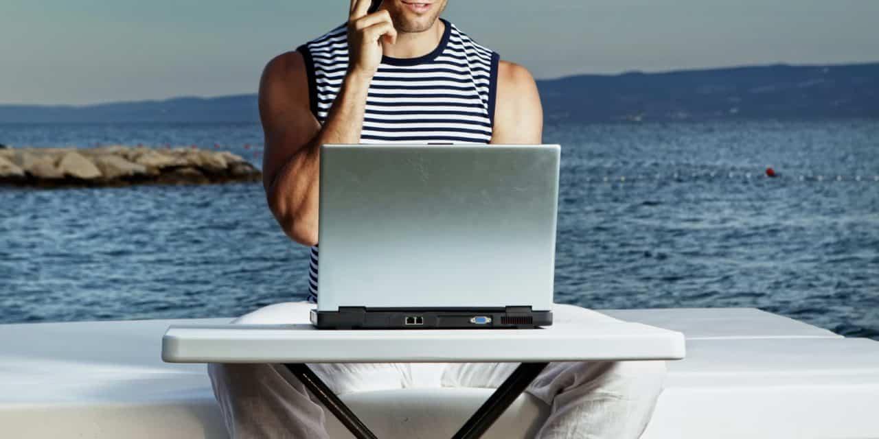 Sexting: Die besten Dirty Talk Tipps für Männer