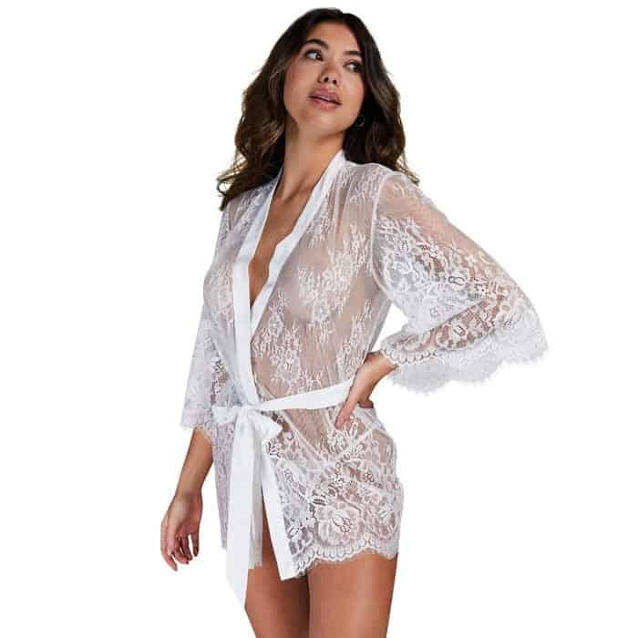 dv dessous trends kimono isabella weiss Es wird heiß: Dessous-Trends 2021