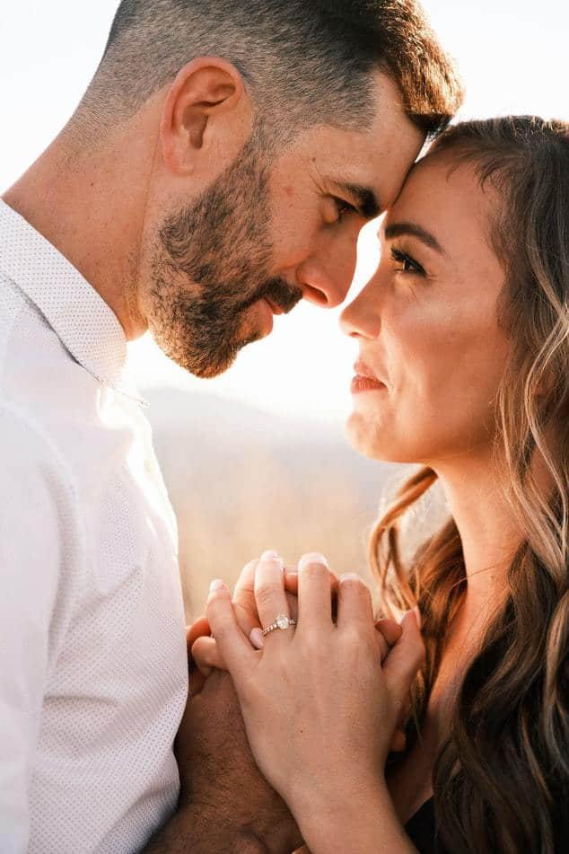 Romantik bleibt eine wichtige Komponente bei der Online Partnersuche